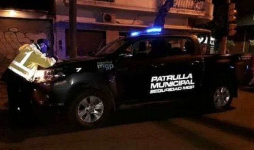 Na Argentina, policiais invadem festa de swing e são confundidos com strippers