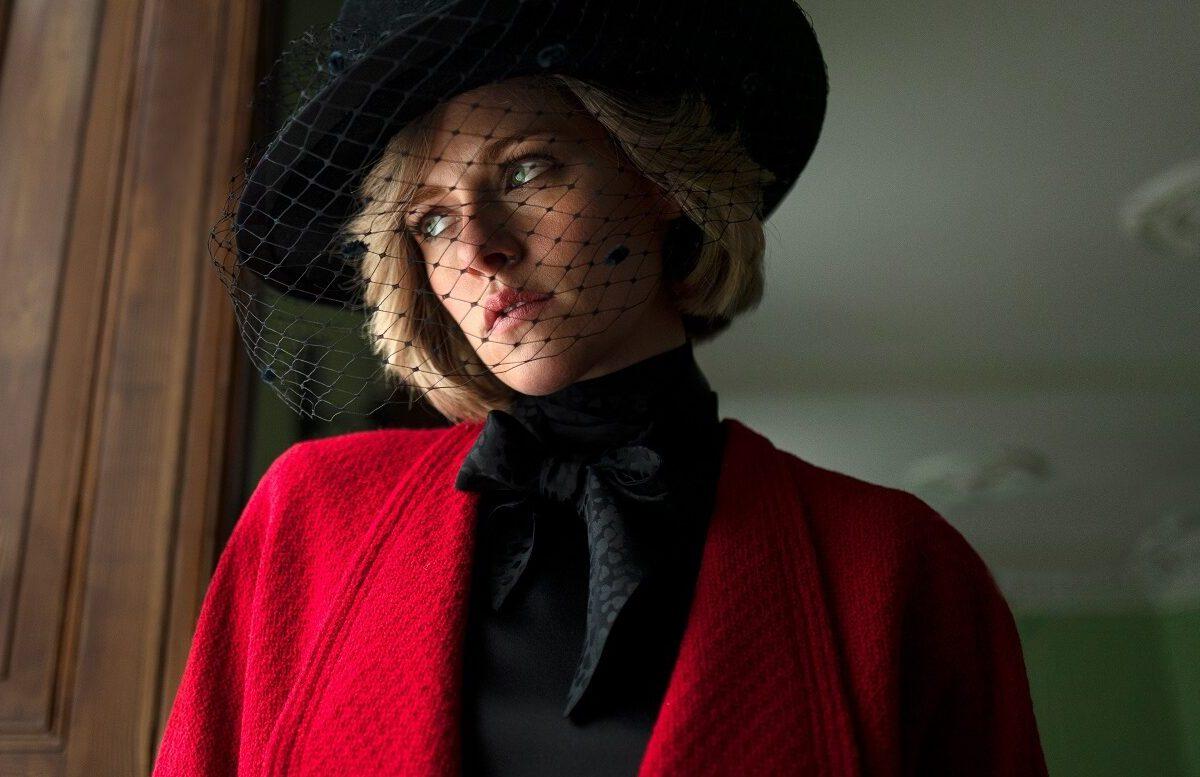 Kristen Stewart como Princesa Diana (Foto: Shoebox Films/Divulgação)
