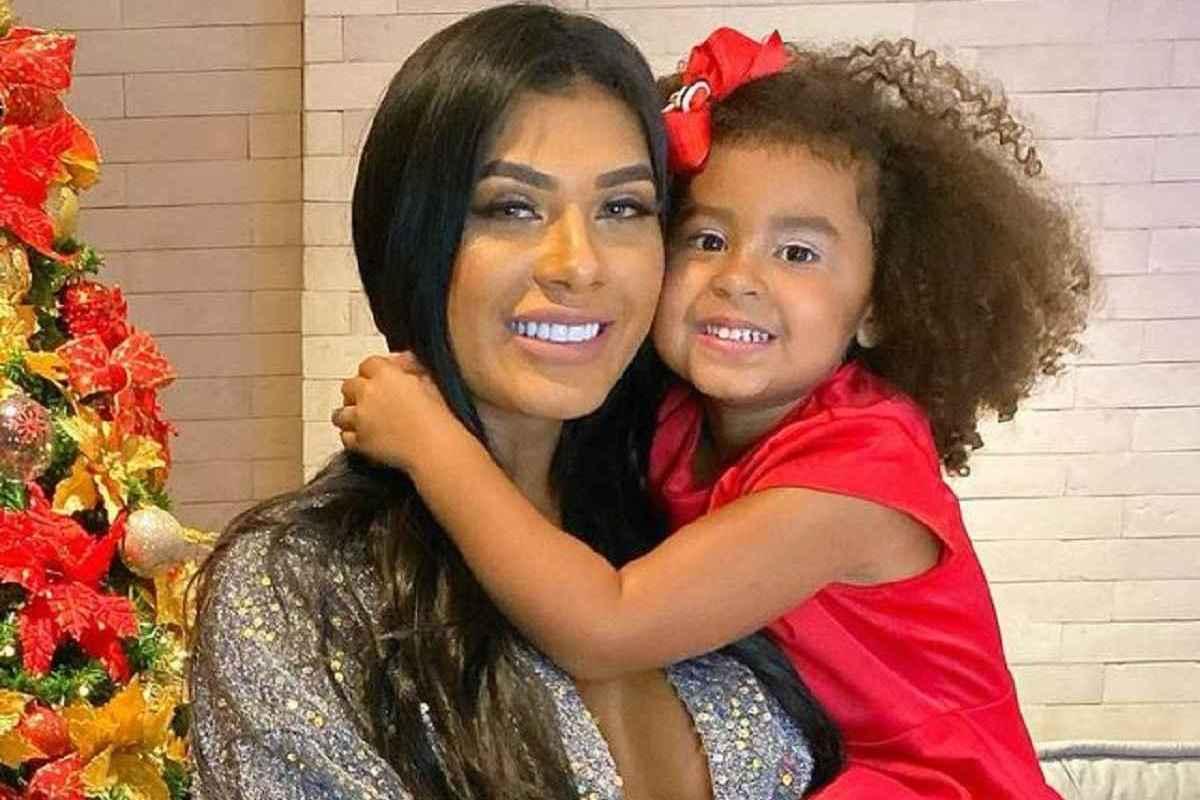 Filha de Pocah recebe ameaças racistas após desentendimento da mãe com Juliette