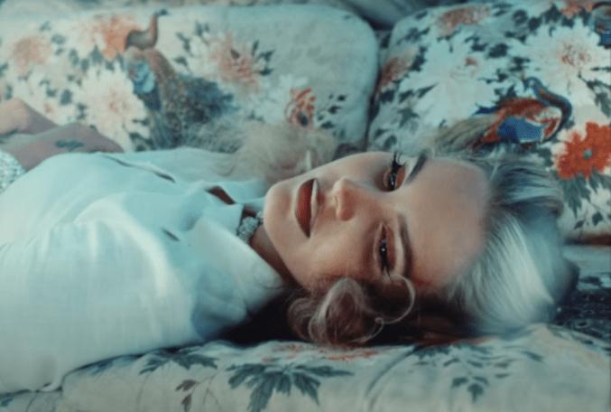 EXCLUSIVO | Lana Del Rey expõe pessoa que inventou rumor sobre ela; acusado explica situação