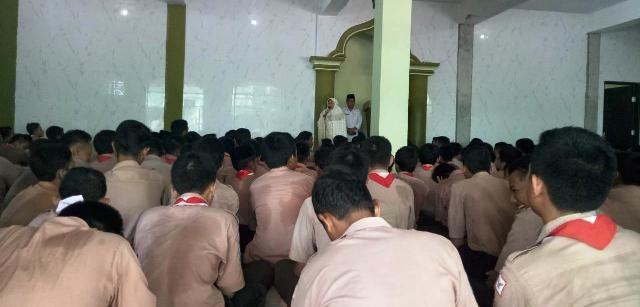 Anak Band Sekolah, Giat Mengaji dan Jamaah Mushala Itu Telah Pergi