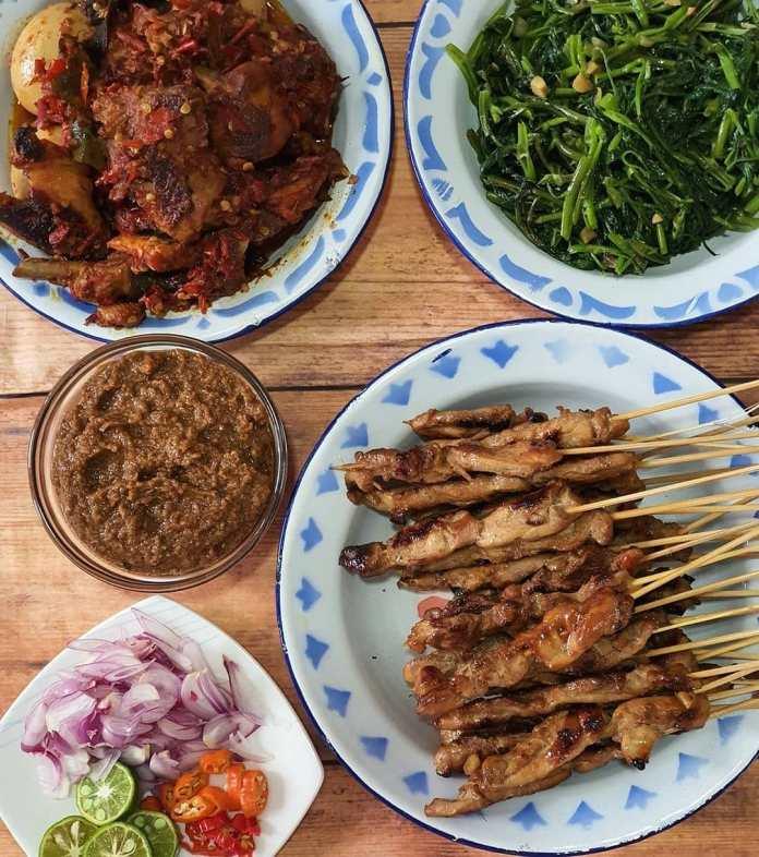 Info kuliner Menu Sehari Hari Ala @yolanlim Lagi pengen makan sateyah