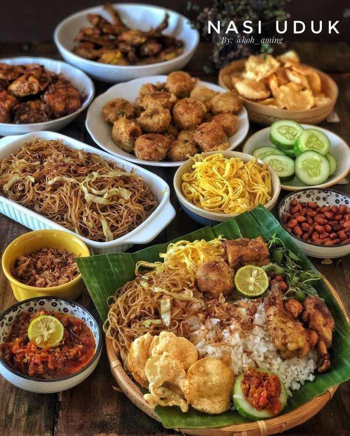 Info kuliner NASI UDUK SEMUR TAHU Swipe left