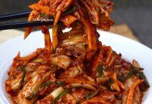 Suka makanan korea? Merapaatt sini yuukk!  . Kemaren Minjo makan Kimchi dari @ceniakitchen rasa...