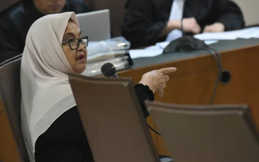 Mantan Menkes Siti Fadilah Supari Bebas