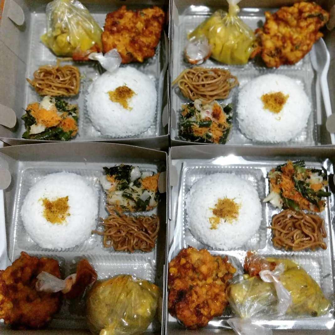 Nasi kotak  #nasikotaksidoarjo #nasikotaksurabaya #snackboxsidoarjo #lunchboxsid...