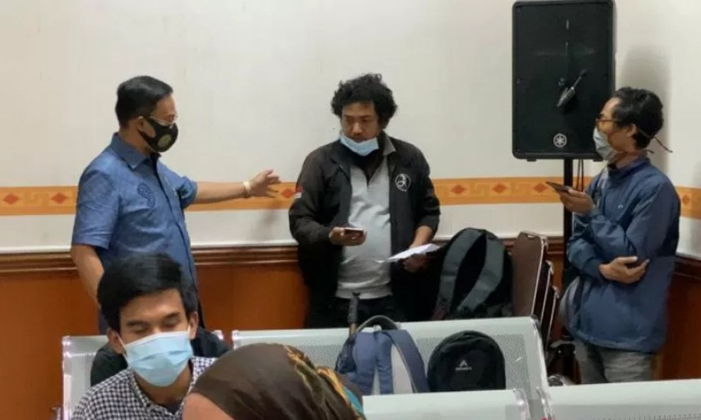 Keluarga Vanessa Angel Serang Wartawan Radio di Pengadilan Jakarta Barat