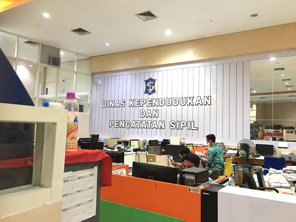 Pelayanan Kependudukan Surabaya Terbanyak Kedua Selama Libur Panjang