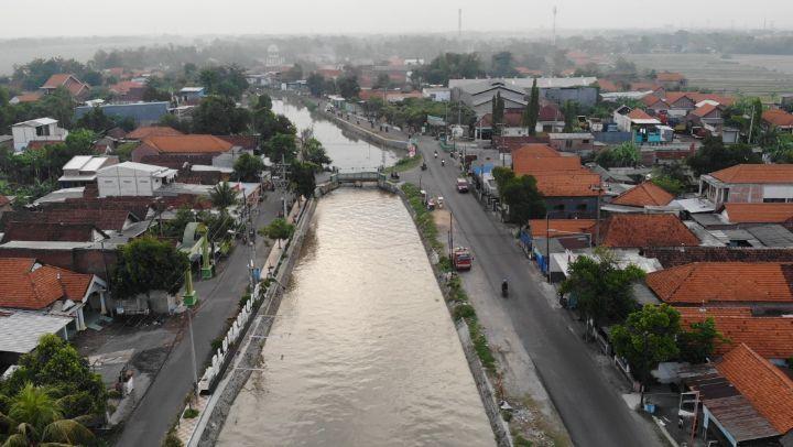 Sidoarjo disebut juga sebagai kota delta karena ada diantara 2 sungai besar pecahan dari sungai...