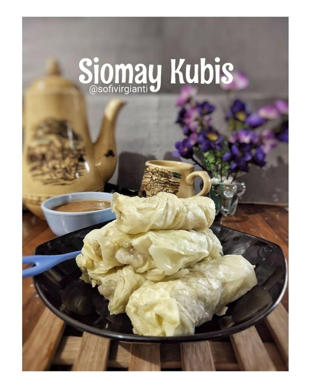 Info kuliner, SIOMAY KUBIS AYAM Wah sehat banget nih  Bahan : Lembaran daun kubis/kol secukupnya 300 gr Dagin…
