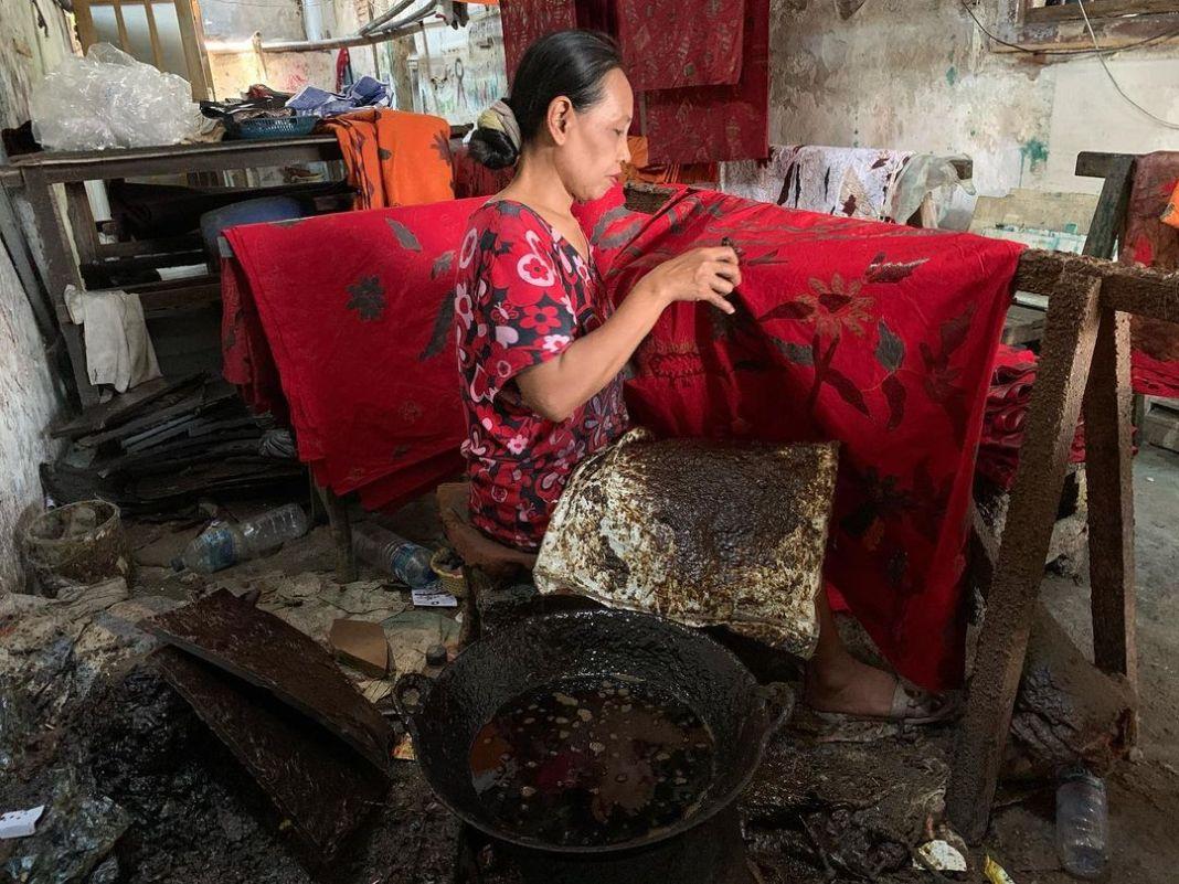Pasti setiap daerah nang indonesia nduwe batik khase masing – masing. Nah ero gak daerah sidoar…