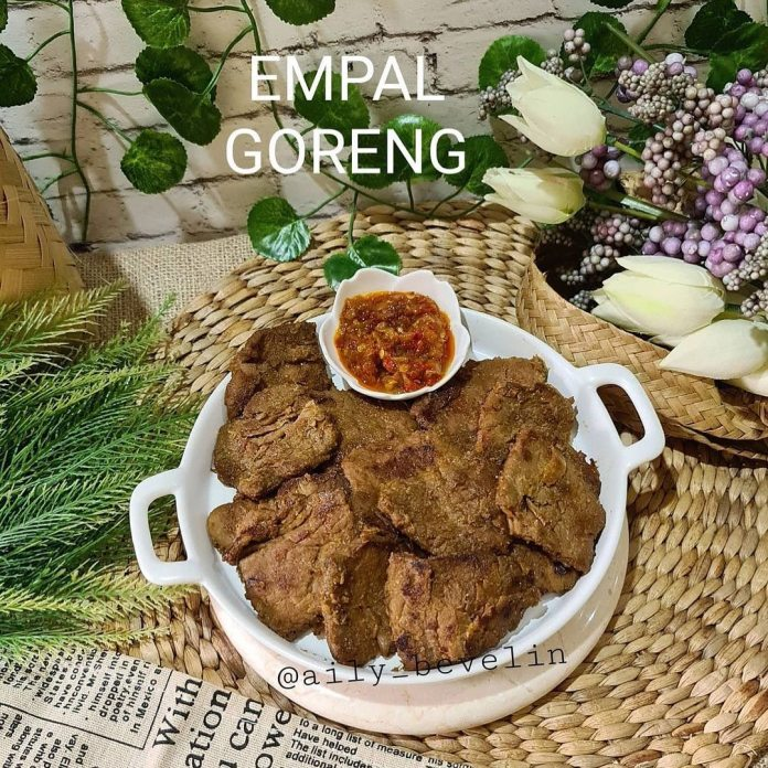 Posted @withregram • @aily bevelin EMPAL GORENG Bahan 1kg Daging