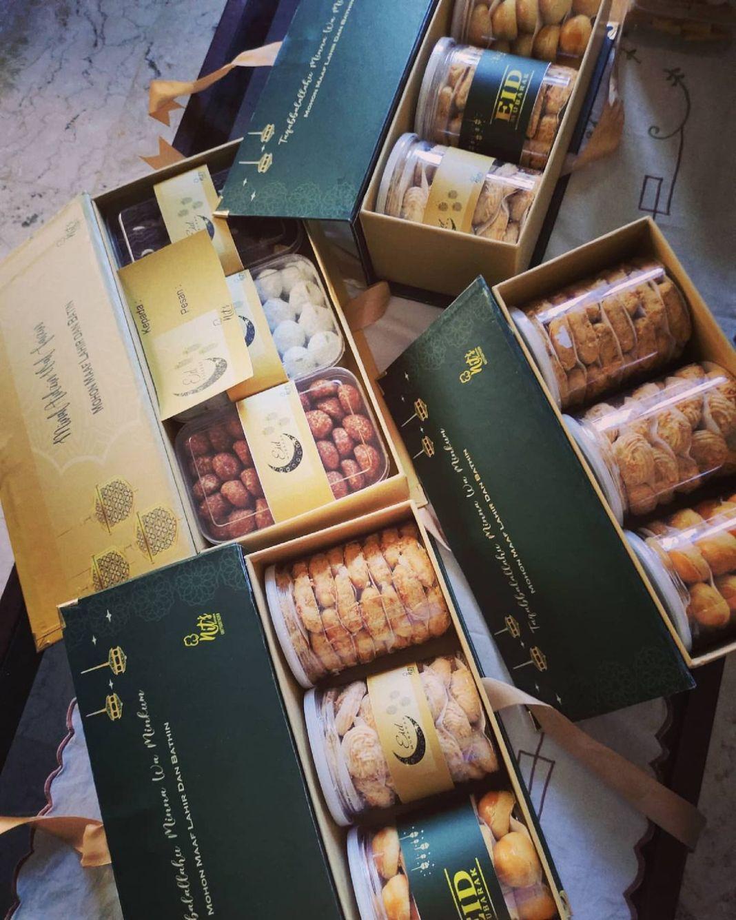 Hamper cookies lebaran  #hamperkuekering #kuekeringsidoarjo #kuekeringsurabaya #…