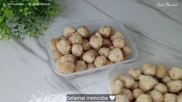 Info kuliner, bikin bakso ayam gampang yuk! Bakso Ayam by@ummuzhillan_ (Resep untuk pemula)  Bahan-bahan ya…