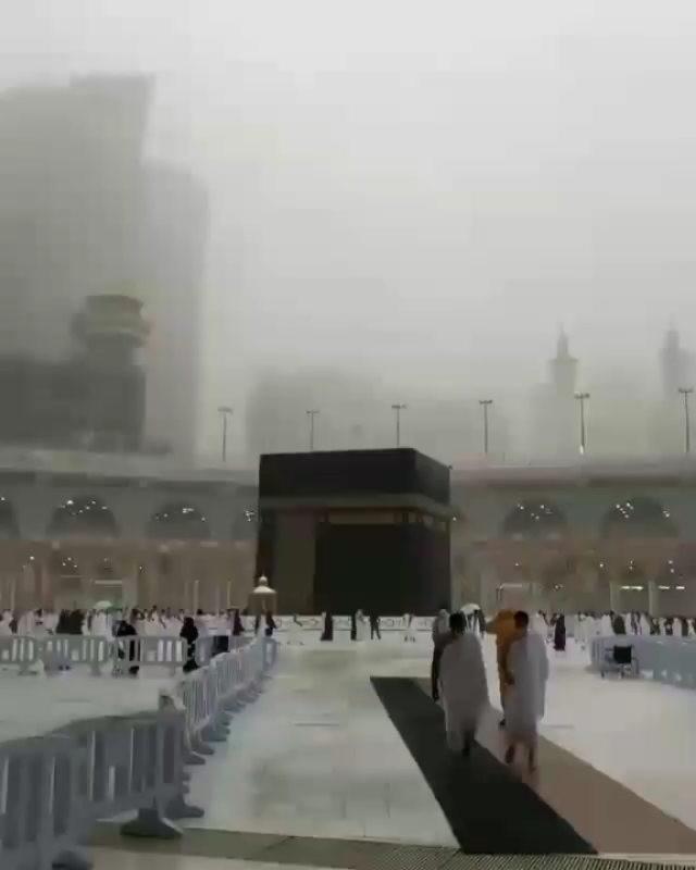 Info sehat, Ya Allah panggil kami kemari di umur kami   #haji #umroh  #haji2018 #umrohreguler #umrah #umr…