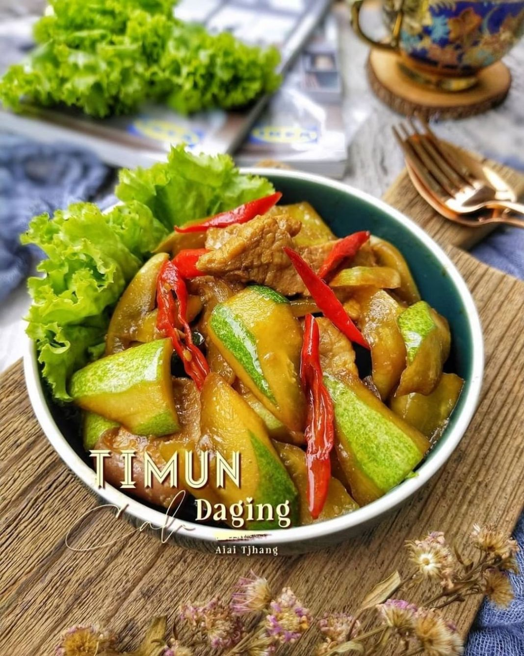 Info kuliner, TIMUN CAH DAGING  Bahan:  3 buah Timun 100gr Daging Ayam 2 buah cabe keriting merah 3 siung baw…