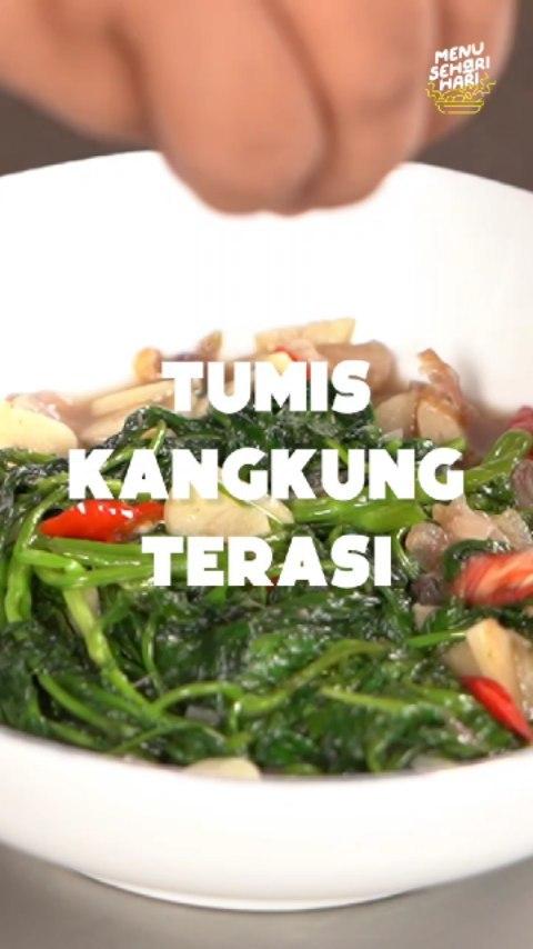 Info kuliner, Tumis Kangkung Terasi yang gurih serta sedep ini cocok untuk lauk makan siang. Buatnya mudah serta …