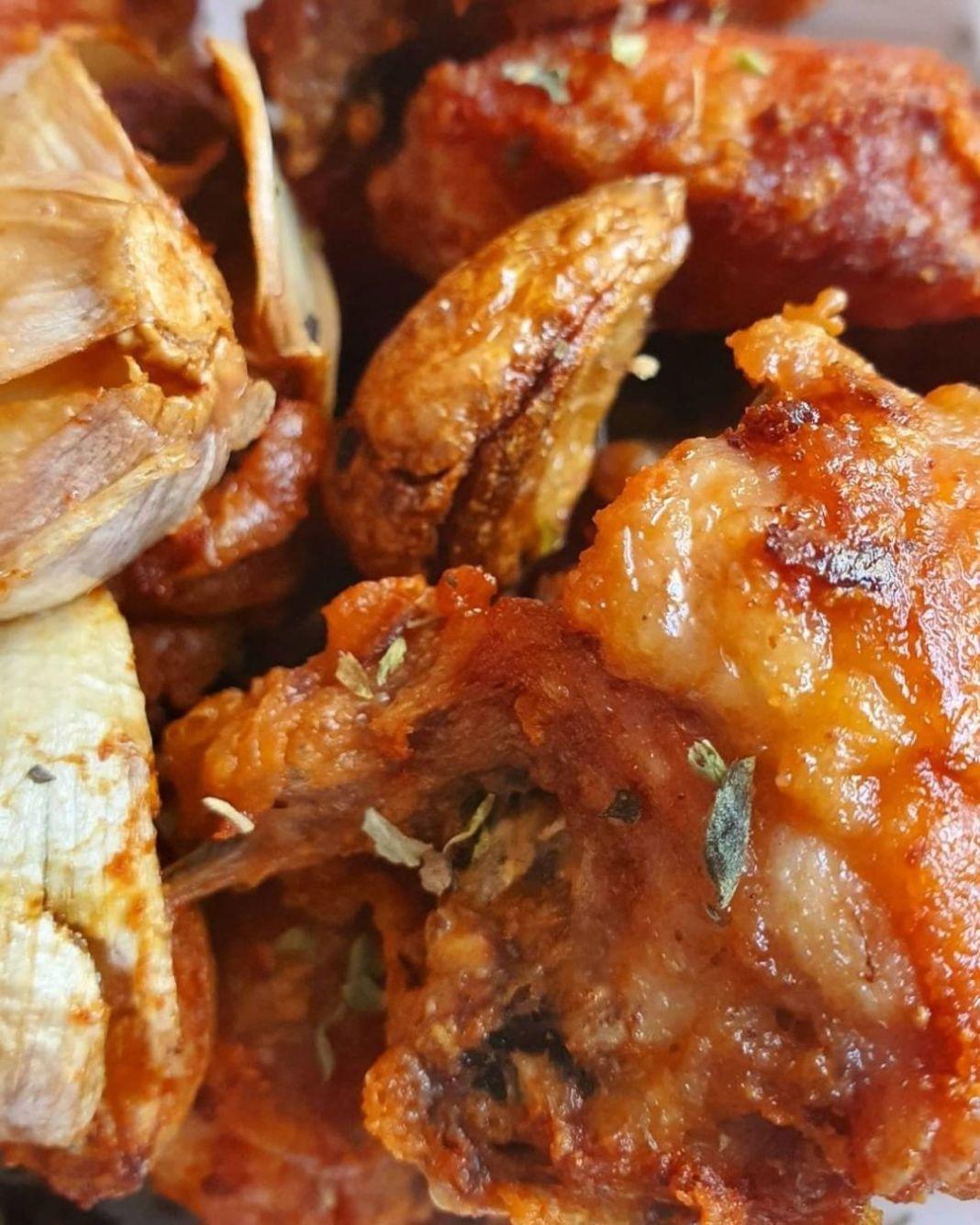 Info kuliner, Menu keluarga check !!  Ayam Goreng bawang putih   Mamak kelupaan mau share resep ini  ,mumpung…