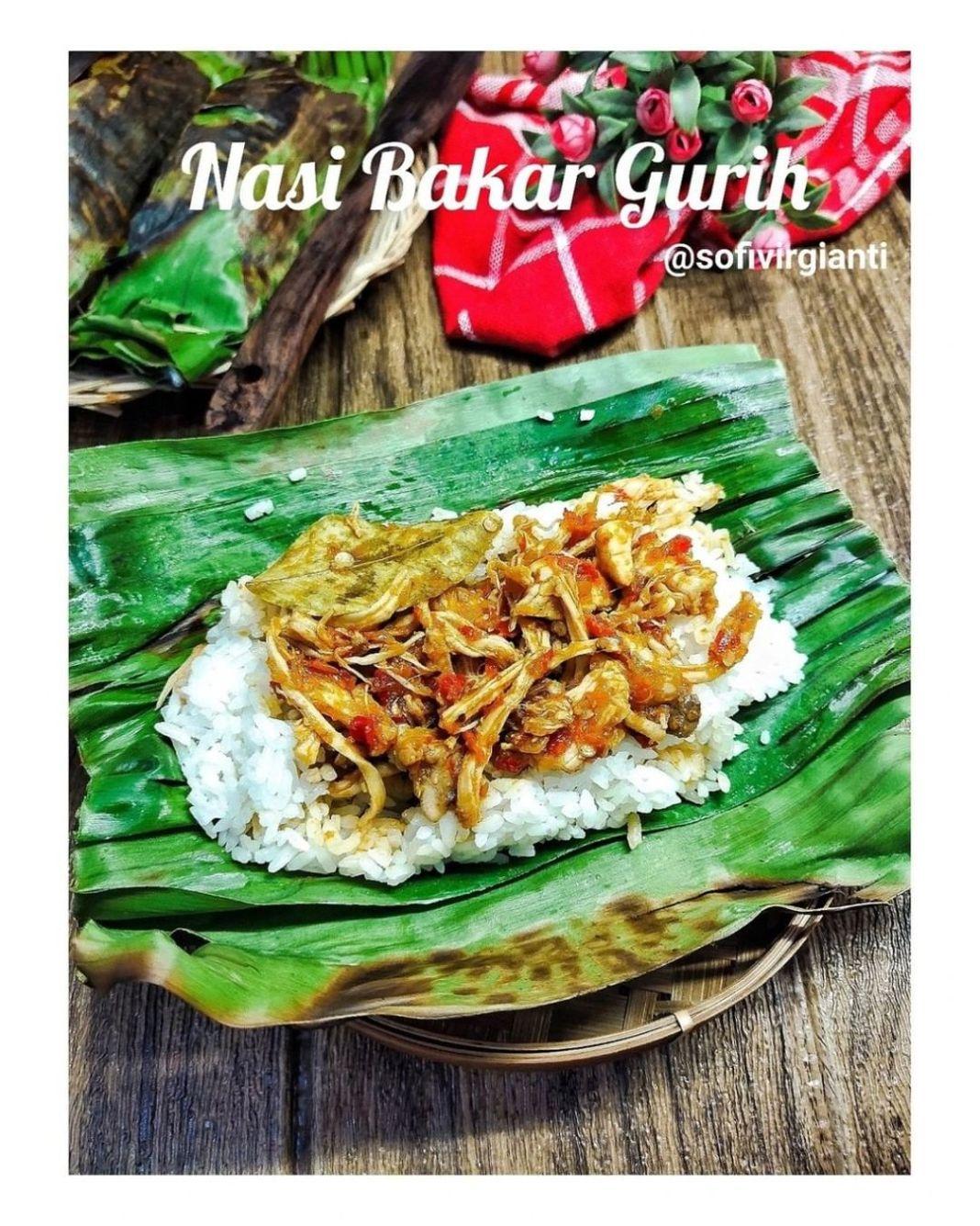 Info kuliner, Siapa suka nasi bakar??  NASI BAKAR GURIH @sofivirgianti  Bahan : 500 gr Beras putih. 1 ltr San…
