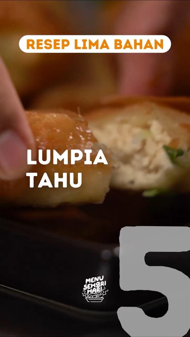 Info kuliner, REMAHAN (REsep liMA baHAN) Hai Moms untuk kita untuk lumpia tahu dengan 5 bahan aja yuuk.  Bahan-…