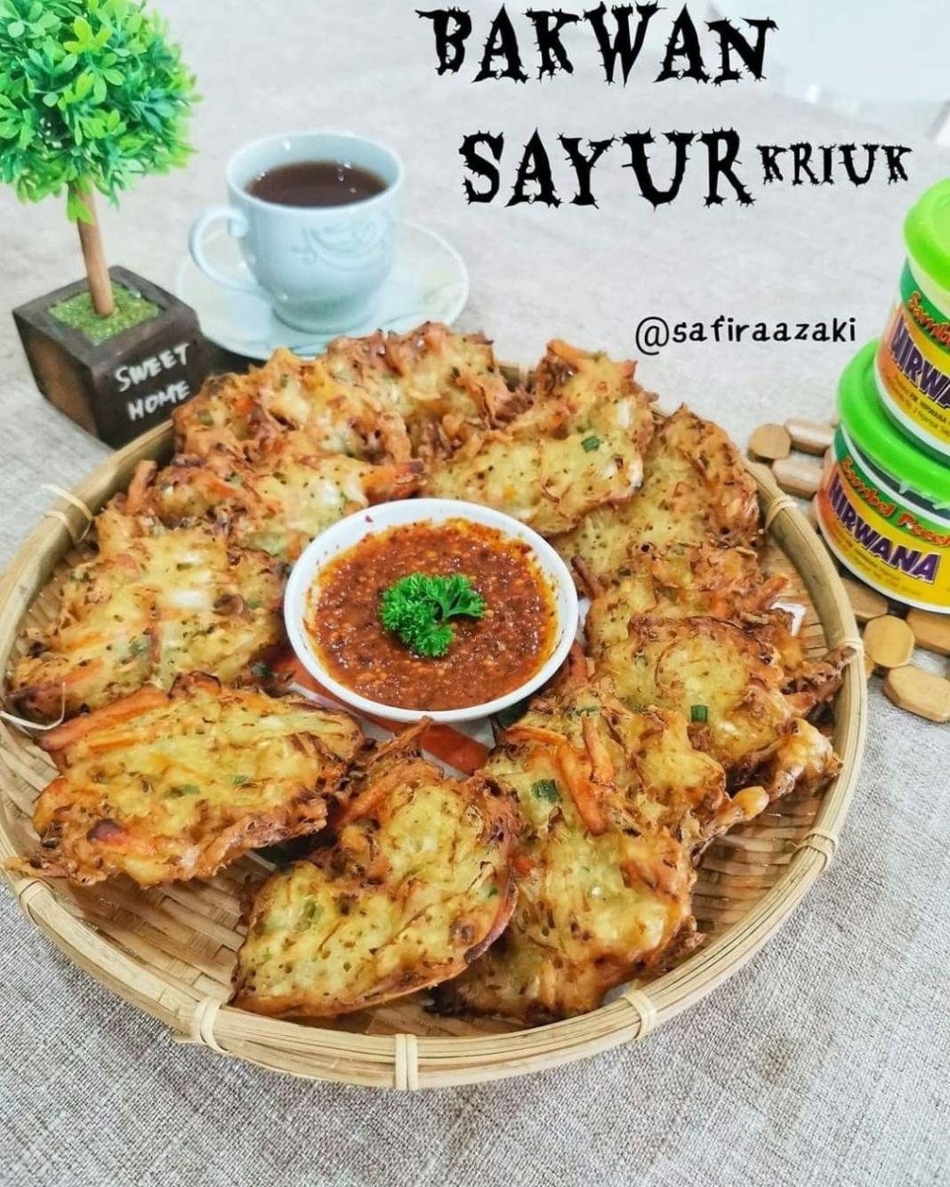 Info kuliner, Bakwan Sayur Kriuk By @safiraazaki  enak bangett.. Wajib coba pasti ketagihan   Bahan2 : 250 gr…