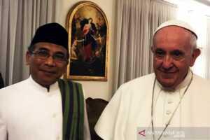 PWNU Jatim Usung Yahya Cholil Staquf Jadi Calon Ketua Umum PBNU