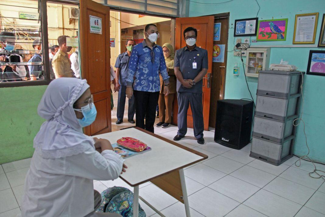 Wali Kota Eri Tegaskan Tidak Ada Klaster Sekolah di Surabaya