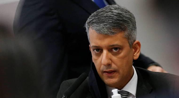 CPI: Roberto Dias, ex-diretor da Saúde, paga fiança e é solto