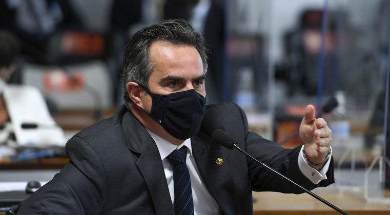 Bolsonaro confirma Ciro Nogueira como ministro da Casa Civil