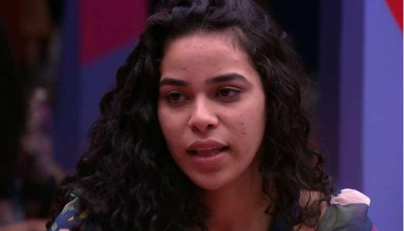 Vídeos mostram Elana sendo excluída no BBB19 e causam revolta no público: entenda