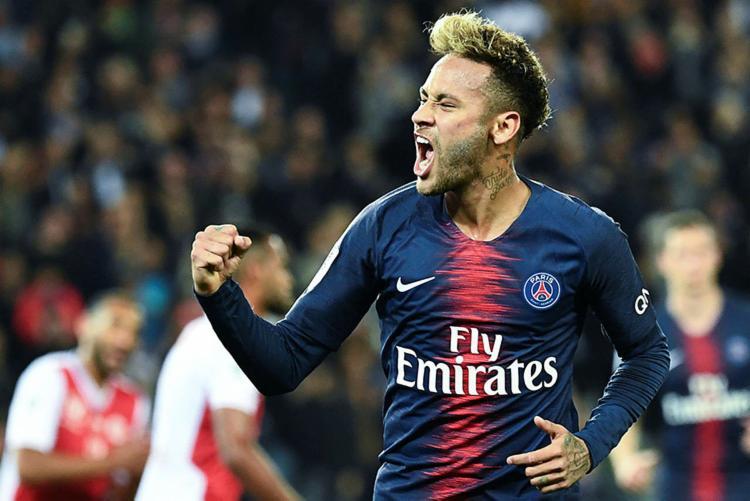 Buffon diz que é um 'escândalo' Neymar nunca ter ganho Bola de Ouro