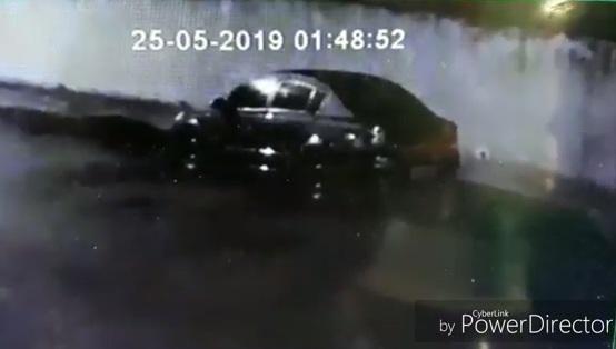 Câmera flagra furto em barbearia em Jacarezinho