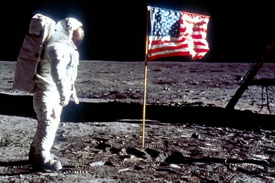 Nasa pretende enviar mulher pela primeira vez à Lua em 2024