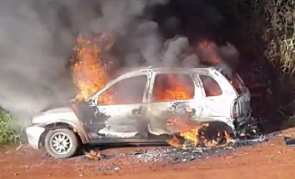 Paraná: Réu por agredir ex-companheira e atear fogo em carro com criança morre na prisão