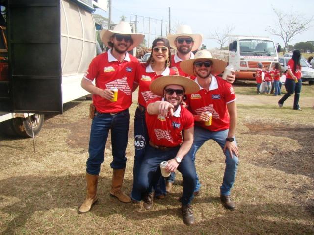 """Jacarezinho e Região: Comitiva os BRAHMITAS é a campeã da cavalgada texana 2019 """"Confiram as fotos parte 2"""""""