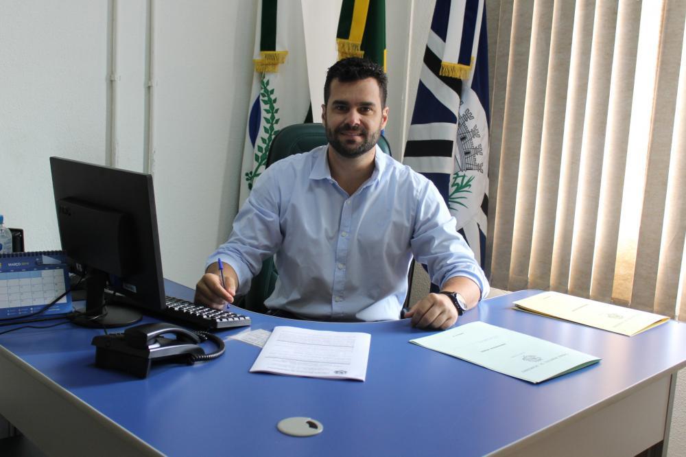 Câmara de Jacarezinho apoia curso de Medicina na região