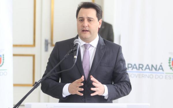 Governo anuncia reposição salarial de 5,09% aos servidores estaduais, mas parcelada em três anos