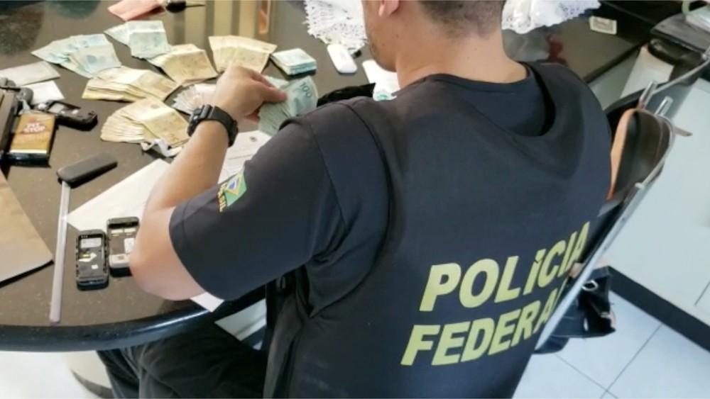 PF faz operação em 3 estados com ajuda do Exército para prender 40 suspeitos de contrabando de cigarros