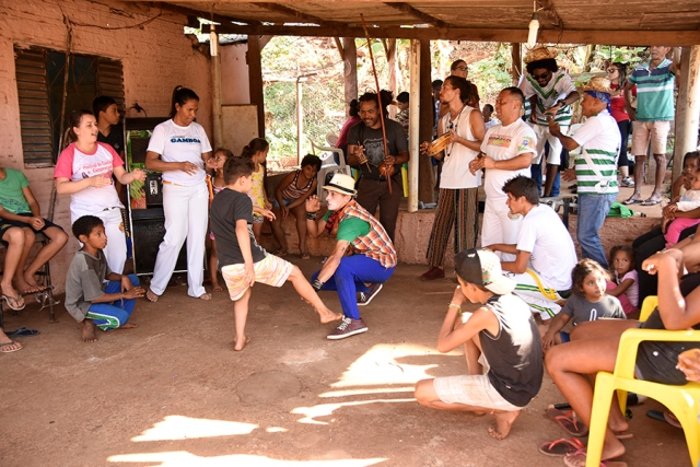 Caravana Cultural da UENP leva Arte à Comunidade da Pedreira em Jacarezinho