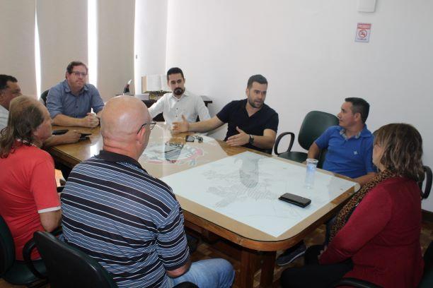 Jacarezinho: Vereadores se reúnem com representantes do 'Camelódromo'