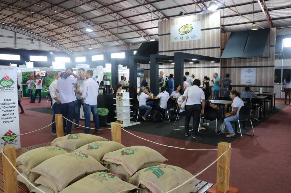 Jacarezinho: Sucesso de negócios e de público, Ficafé valida o trabalho associativo em torno dos cafés especiais