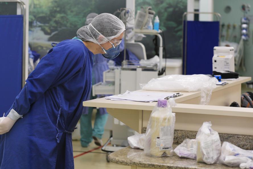 Paraná confirma mais 25 mortes em 24 horas pelo coronavírus; já são 806 óbitos