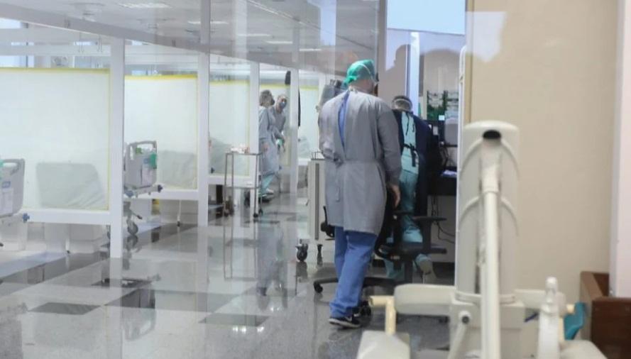 Já são 441 pacientes à espera de leito para Covid no PR e SESA acredita que tendência é piorar