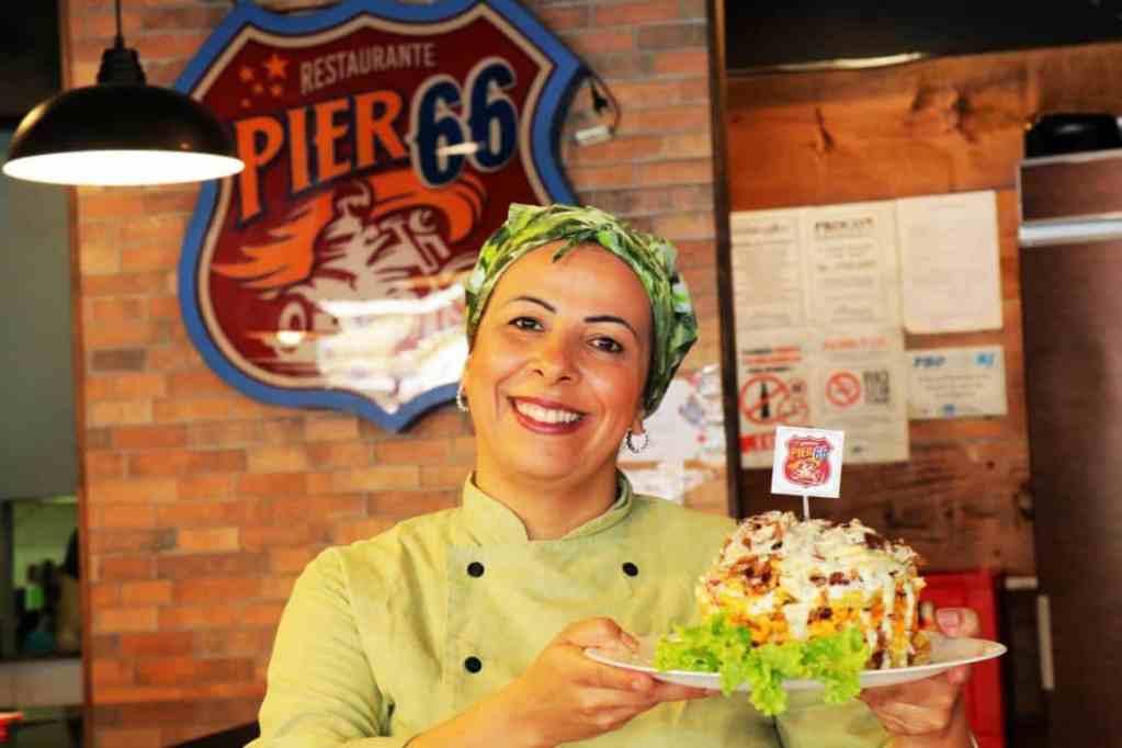 Read more about the article Pastel, fritas, escondidinho… Hum!!! Novos pratos de costela no Pier 66
