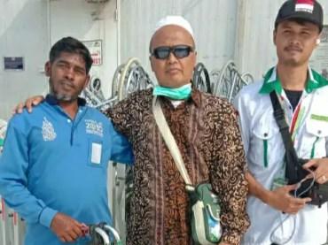 Sembuh Di Masjidil Haram, Haji Asal Lamongan ini Hibahkan Kursi Roda