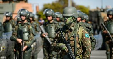 França sobre futura invasão ao Brasil: 'Imaginação sem limites'