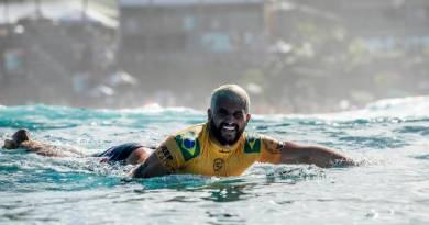 Surfe: WSL adia etapa que decide o campeonato mundial pelo 6º dia seguido