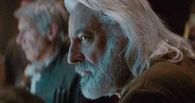 """Andrew Jack, ator de """"Star Wars"""", morre aos 76 anos com a covid 19"""