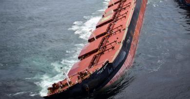 Mais uma etapa concluída, terminada a retirada de óleo do navio encalhado no Maranhão
