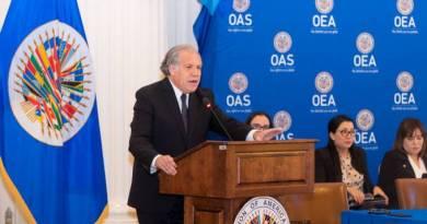 Países da OEA reelegem Luis Almagro como secretário geral